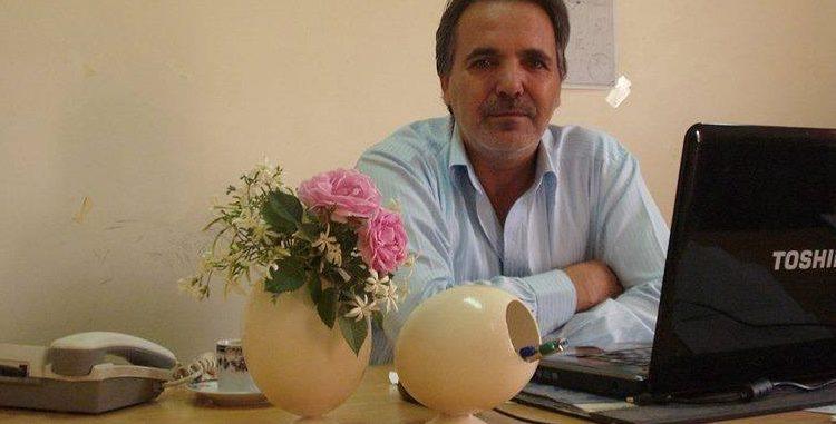 """"""" وتوزعت في سائر الأرجاء رايات الحداد """" ــ للشاعر محمود هرموش"""