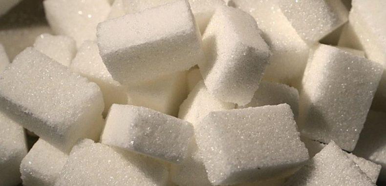ماذا يحدث لدماغ الإنسان حين يتوقف عن استهلاك السكر؟