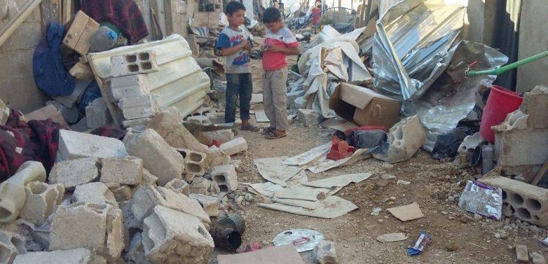 لاجئون سوريون في عرسال بلبنان يكتوون بنار الغلاء