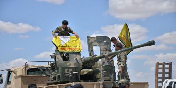 """""""قوات سوريا الديمقراطية"""" قرار سحب القوات الأميركية من سورية خيانة"""