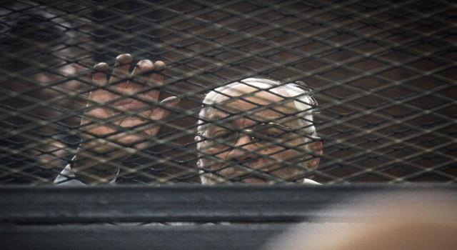 الإهمال الطبي يقتل 4 معتقلين مصريين خلال 10 أيام عشرات قتلهم الإهمال الطبي بالسجون المصرية