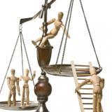 (القانون والمجتمع ) الزاويه القانونيه زاويه اسبوعيه يكتبها المحامي احمذ الشيخ