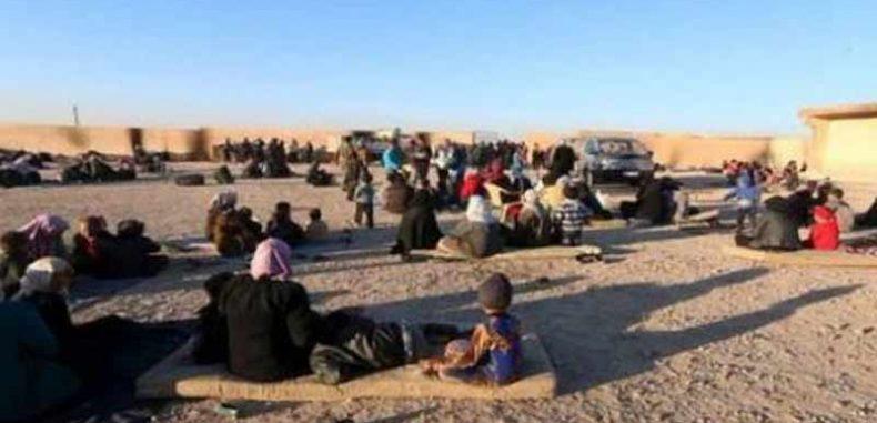 """المرصد السوري"""": مئات العائلات لا تزال محاصرة في جيب هجين"""