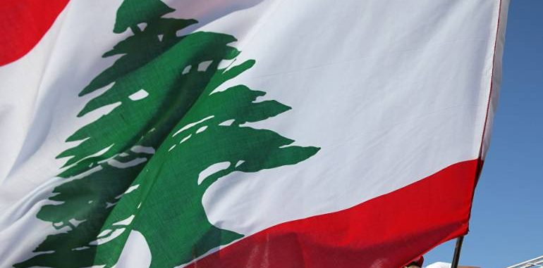 السلطات اللبنانية تسلم 5 لاجئين سوريين للأسد