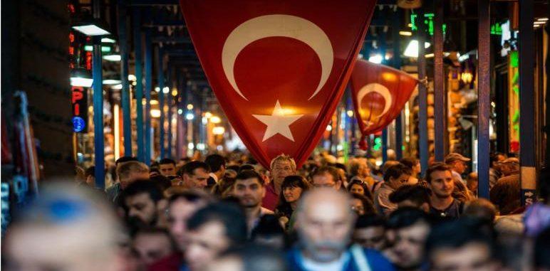 وزارة الداخلية : 100الف سوري غادرو إسطنبول منذ بداية العام