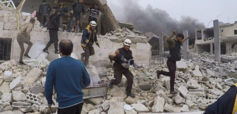 – طائرة حربية للأسد ترتكب مجزرة في إدلب معظم ضحاياها أطفال