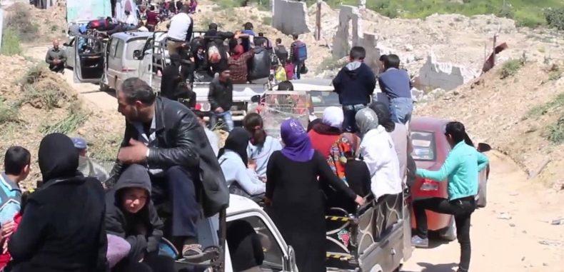 منسقو الاستجابة: نزوح 310 ألف مدني من أرياف حلب وإدلب في أسبوعين