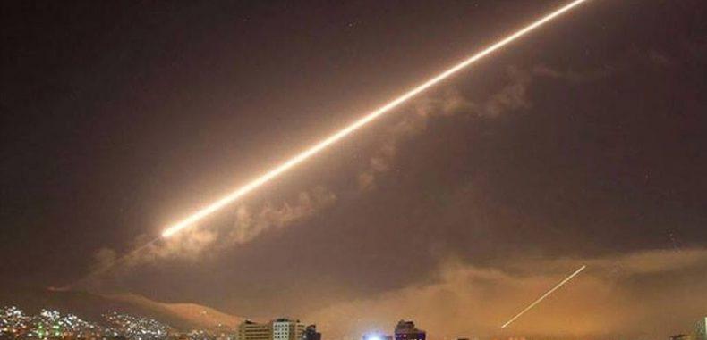 اسرائيل تقصف شحنات أسلحة بمطار دمشق الدولي