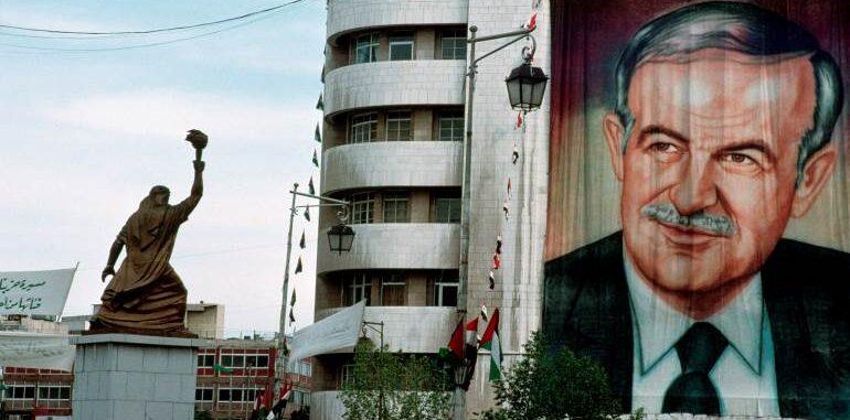 حنا بطاطو.. حافظ الأسد الفلاح الأول والأخير (2-2)