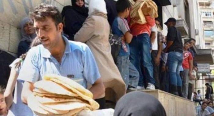 """النظام يحرم الفلسطينيين دون سن 15 والمجندين من مخصصات """"البطاقة الذكية"""""""
