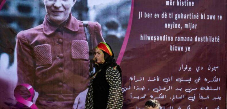 67 استهدافاً لسوريات على خلفية عملهن في الشأن العام
